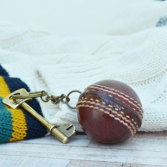 Vintage Replica Cricket Ball keyring